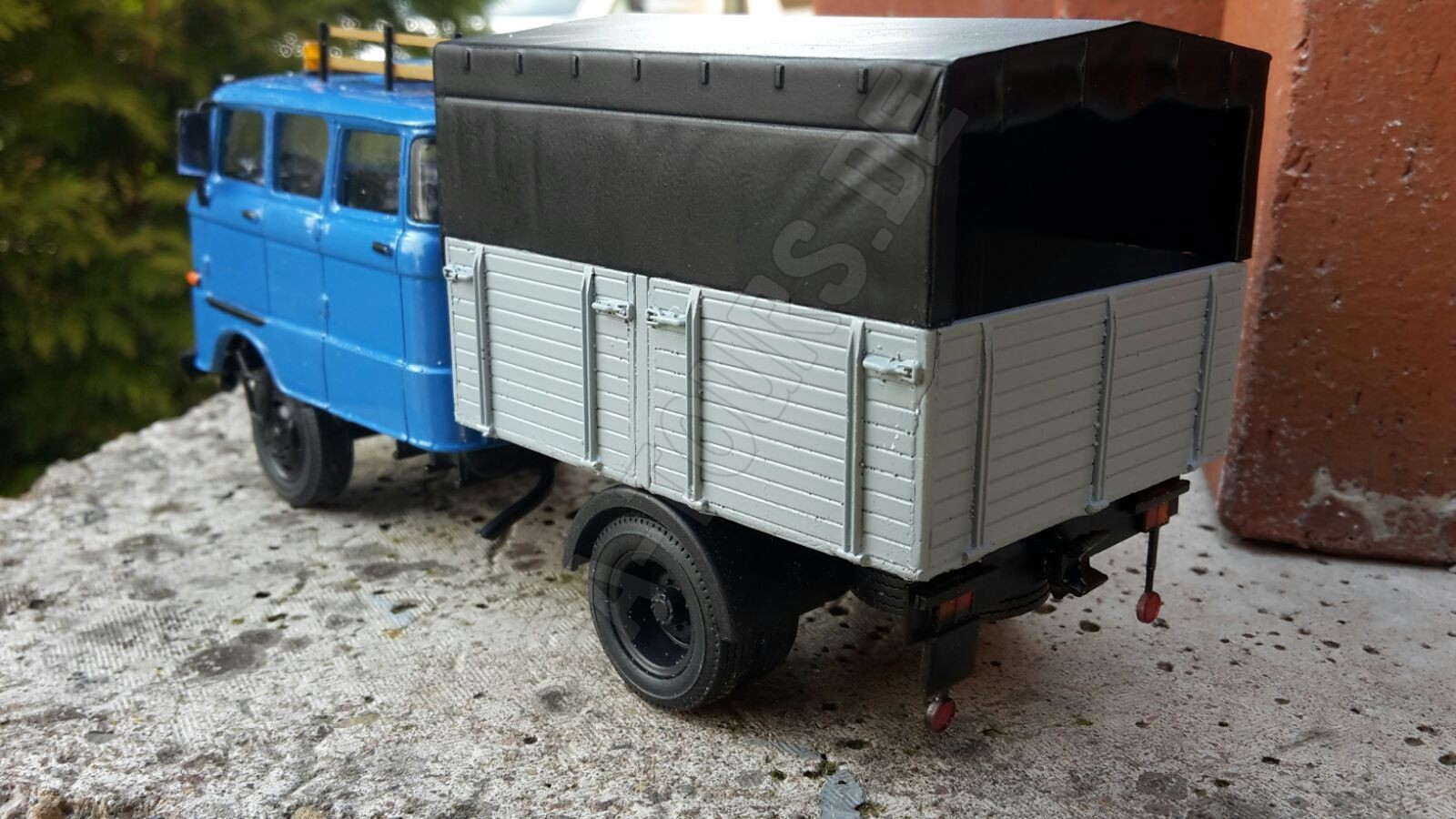 ifa lkw w50 al modell in 1 43 ifa tours. Black Bedroom Furniture Sets. Home Design Ideas