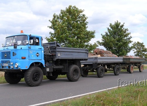 W50 beim Holztransport