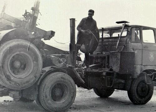 W50 mit Knicklangbaum